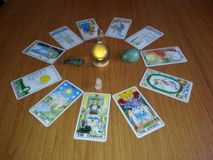 PE2 Psychic Tarot Reading
